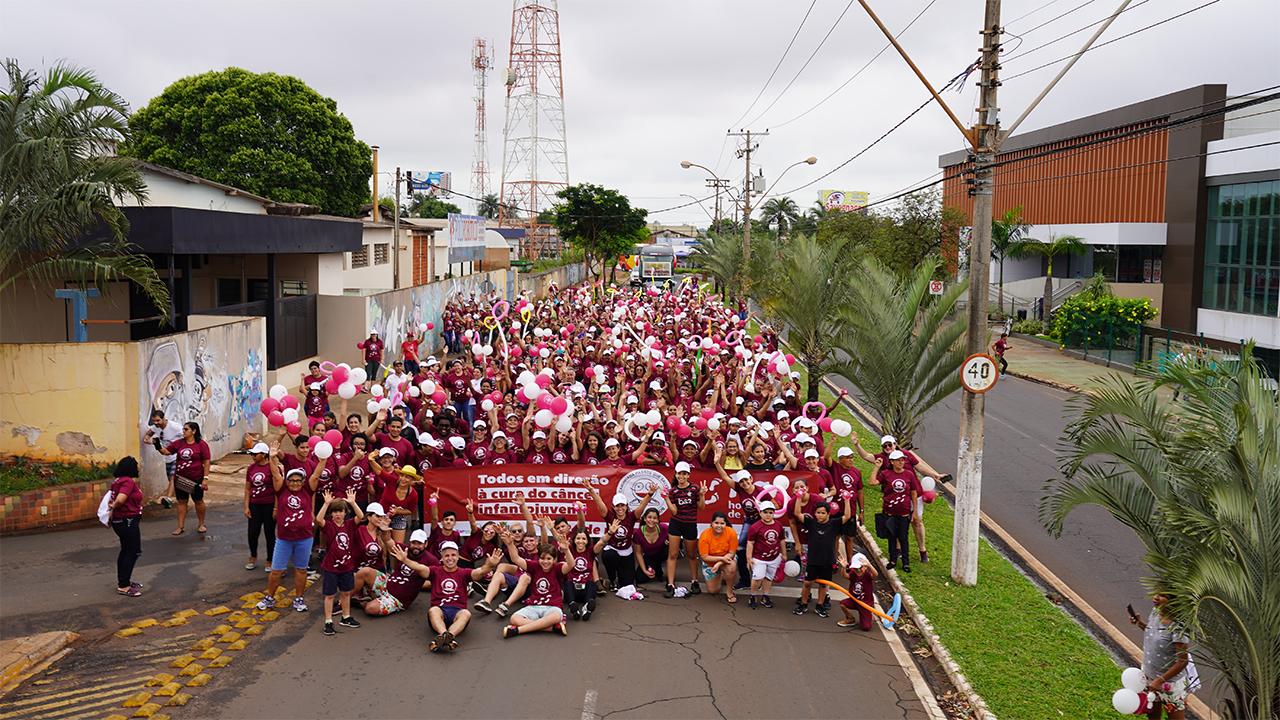 """Hospital de Amor realiza 8ª """"Caminhada Passos que Salvam"""" e mobiliza 650 cidades"""