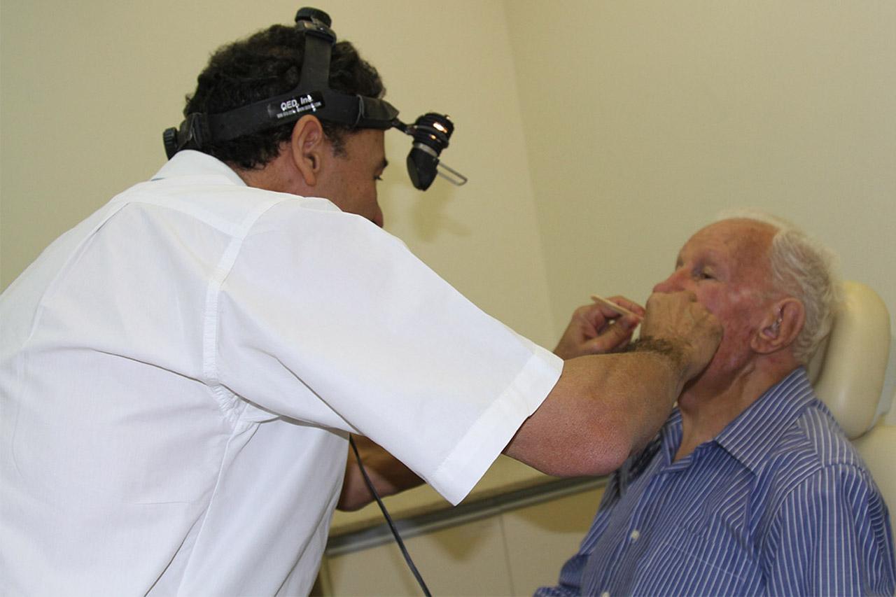 Câncer de cabeça e pescoço: saiba tudo sobre a doença
