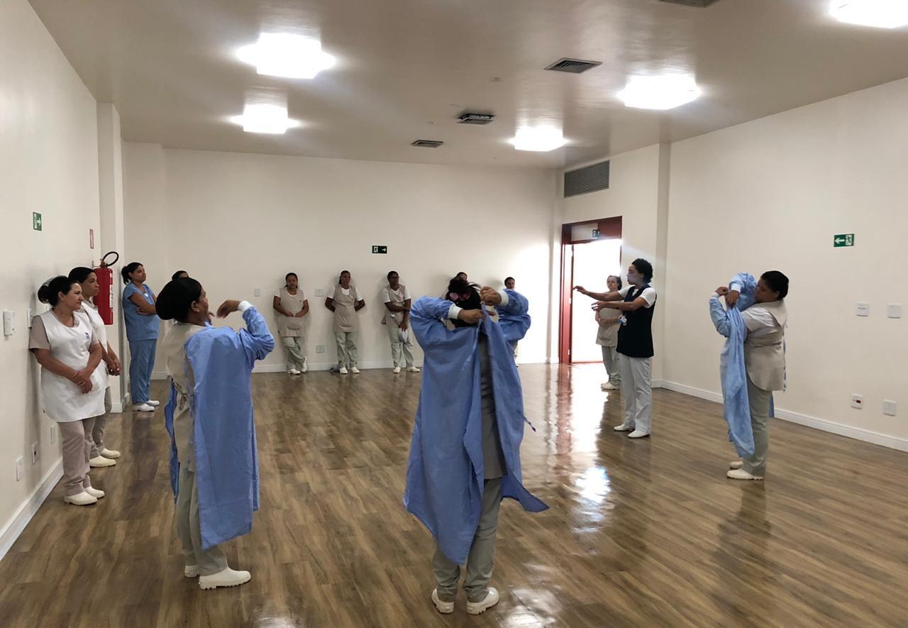 Hospital de Amor oferece diversos tipos de treinamento aos seus colaboradores no combate ao COVID-19